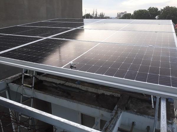 Hệ thống điện mặt trời hòa lưới tiên tiến nhất Dien-nang-luong-mat-troi-hoa-luoi-2