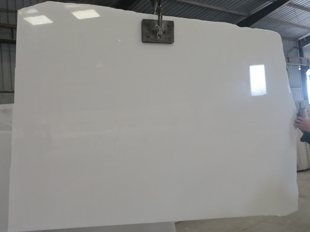 PURE WHITE MARBLE STONE
