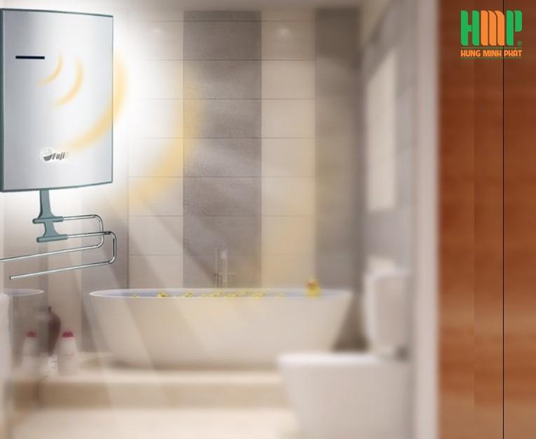 Máy sưởi nhà tắm FujiE BCH-200
