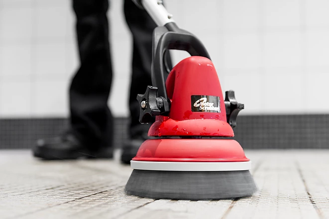 Máy chà sàn đeo vai sử dụng ác quy MotorScrubber MS2000 KIT