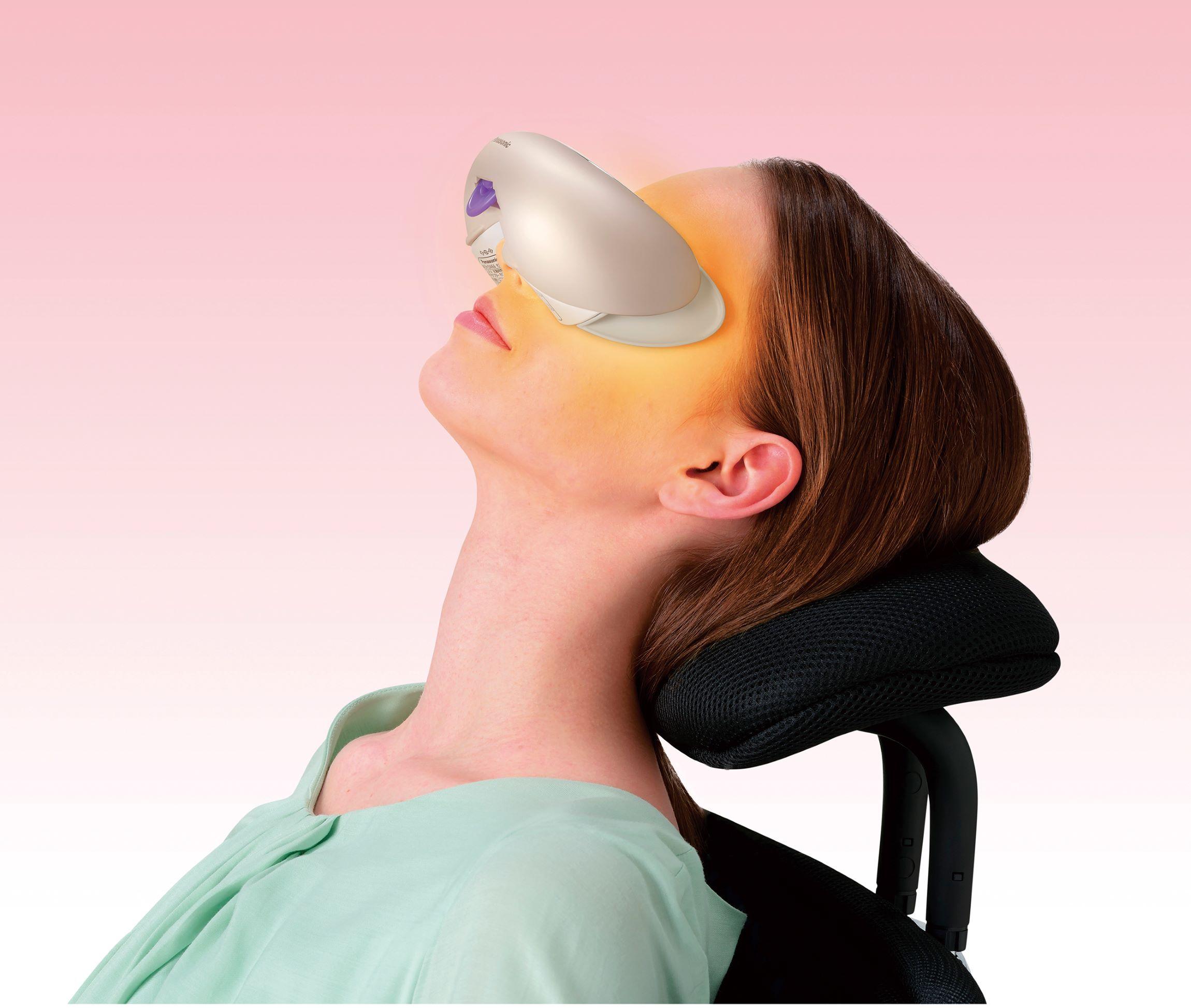 Máy massage mắt Panasonic EH SW68