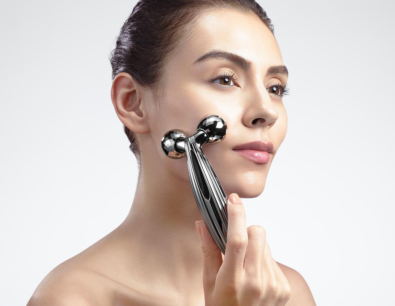 Refa Carat Ray Face - Con lăn massage cho mặt
