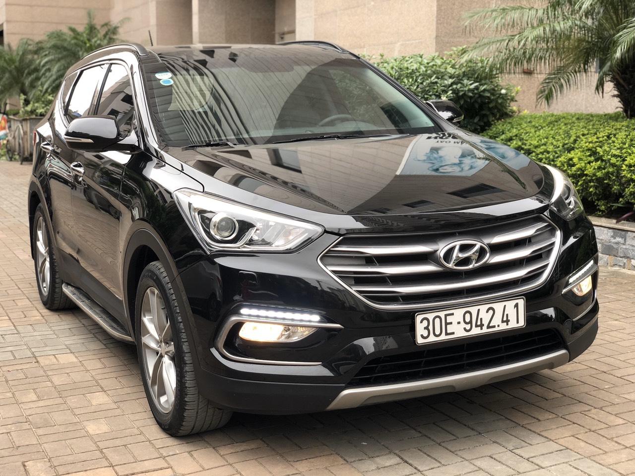 Hyundai Santafe 2017 full xăng