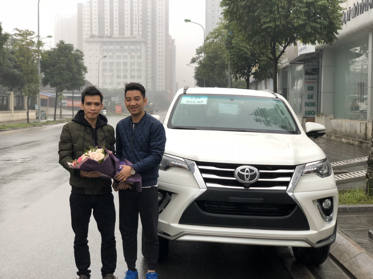 Toyota Fortuner 2018 24A-254.xx