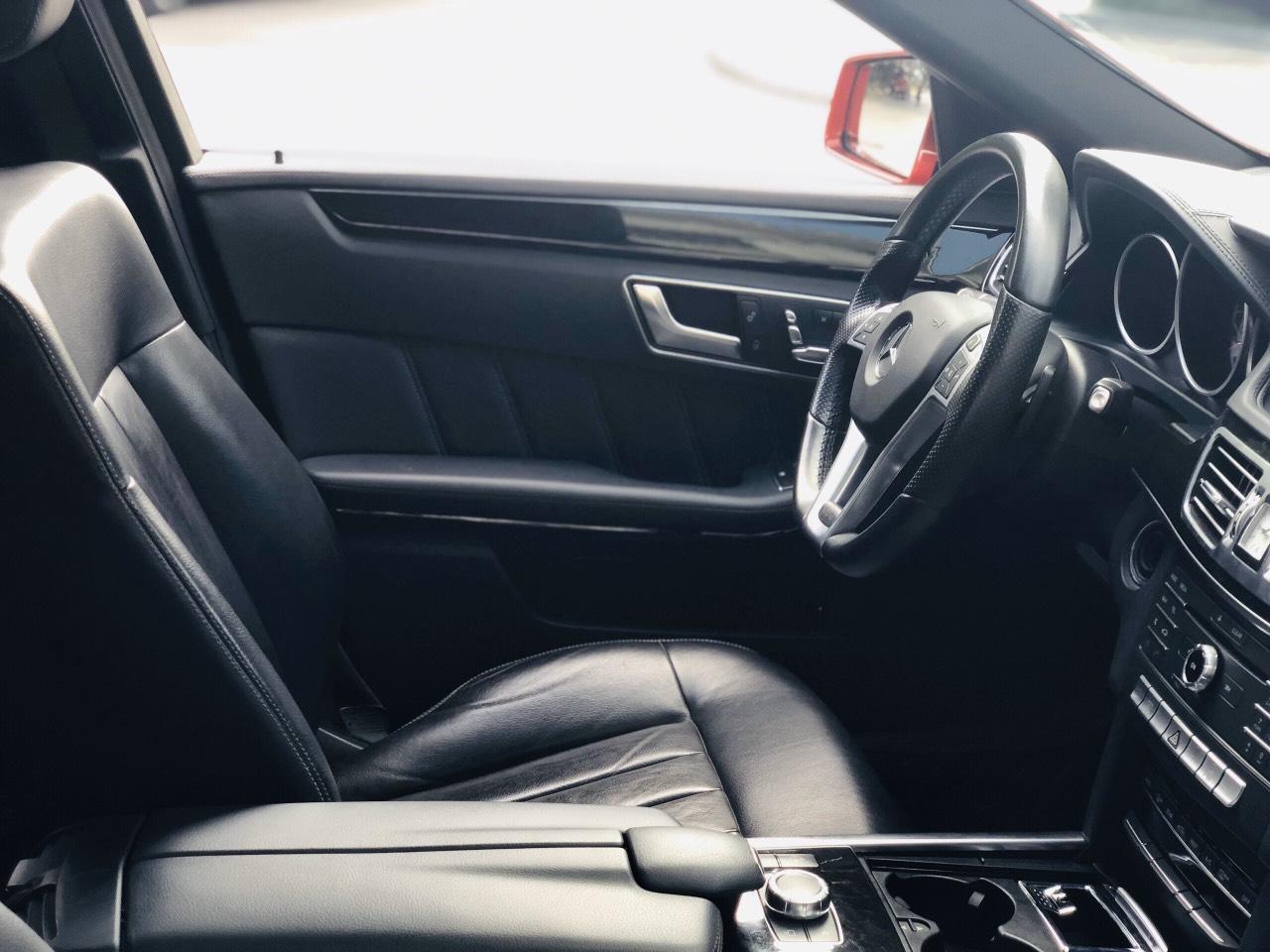 Mercedes Benz E250 AMG 2015