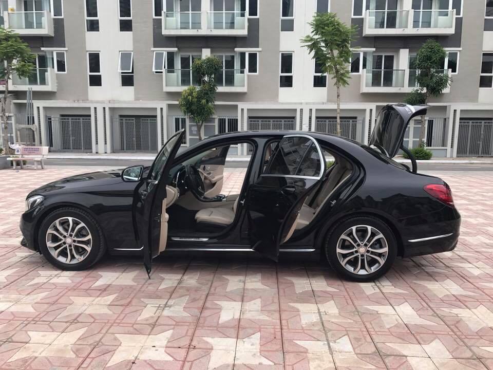 Mercedes Benz C200 2015