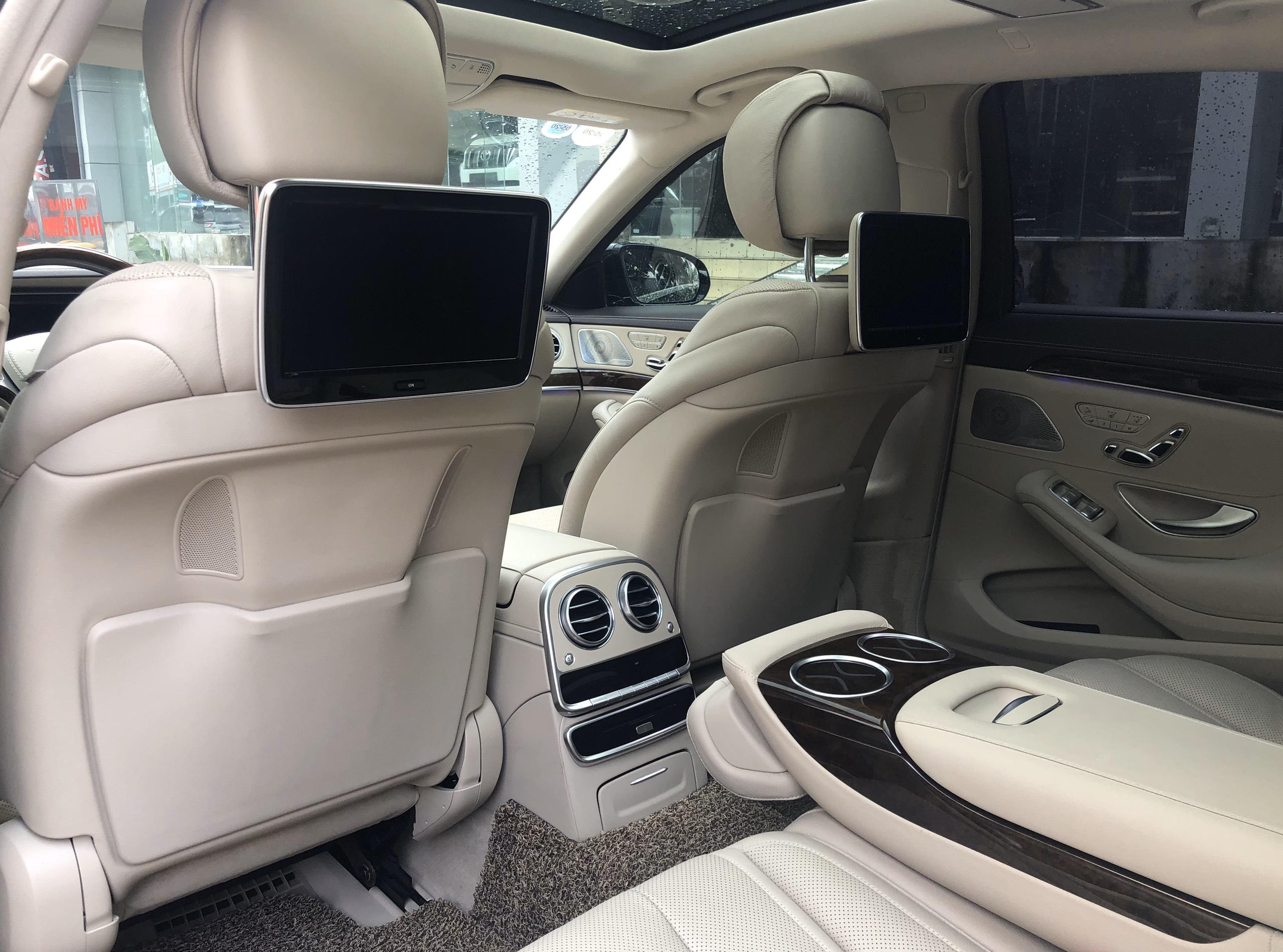 Mercedes Benz S400 2015