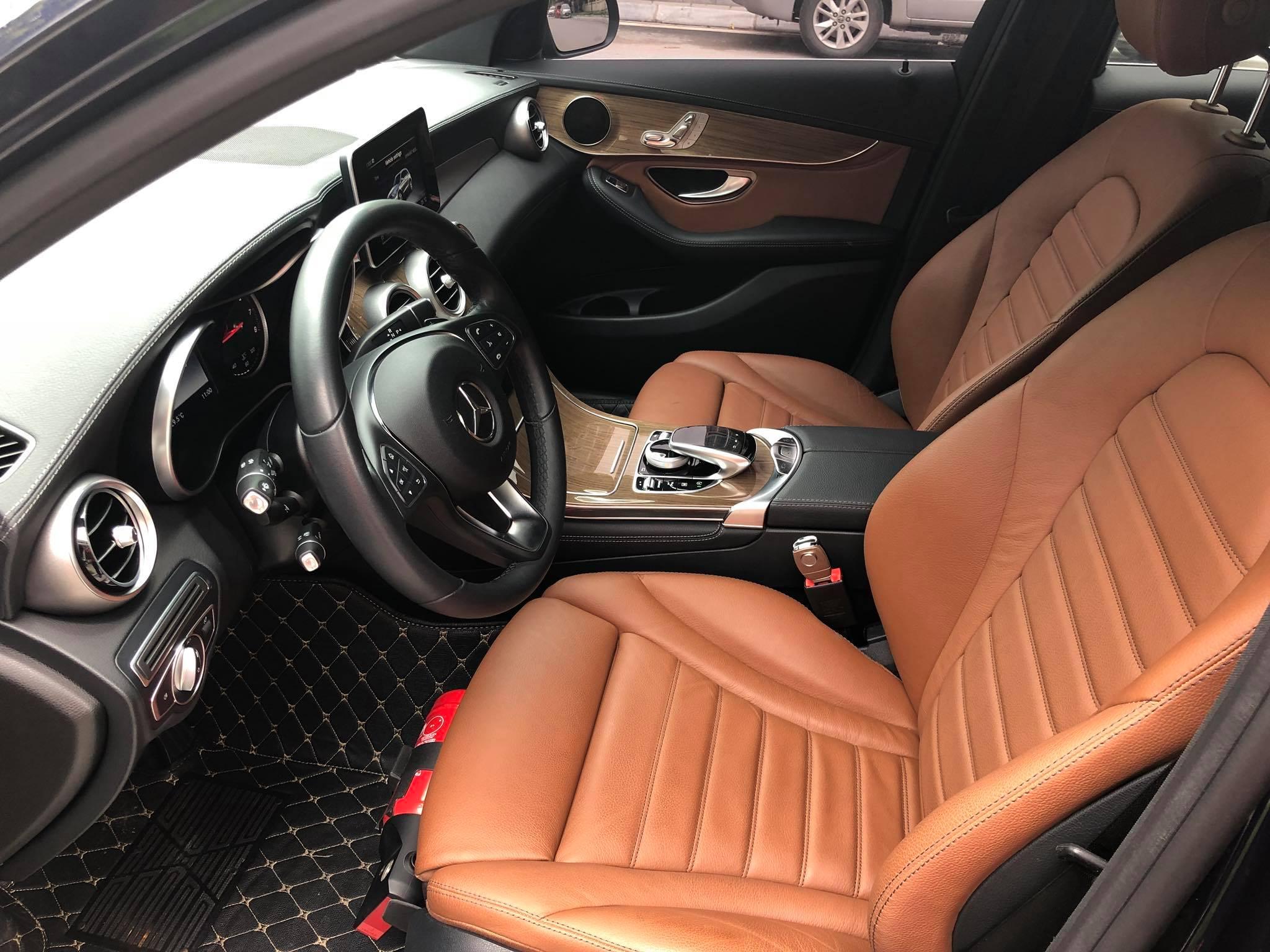 Mercedes Benz GLC250 2016 30E-935.xx