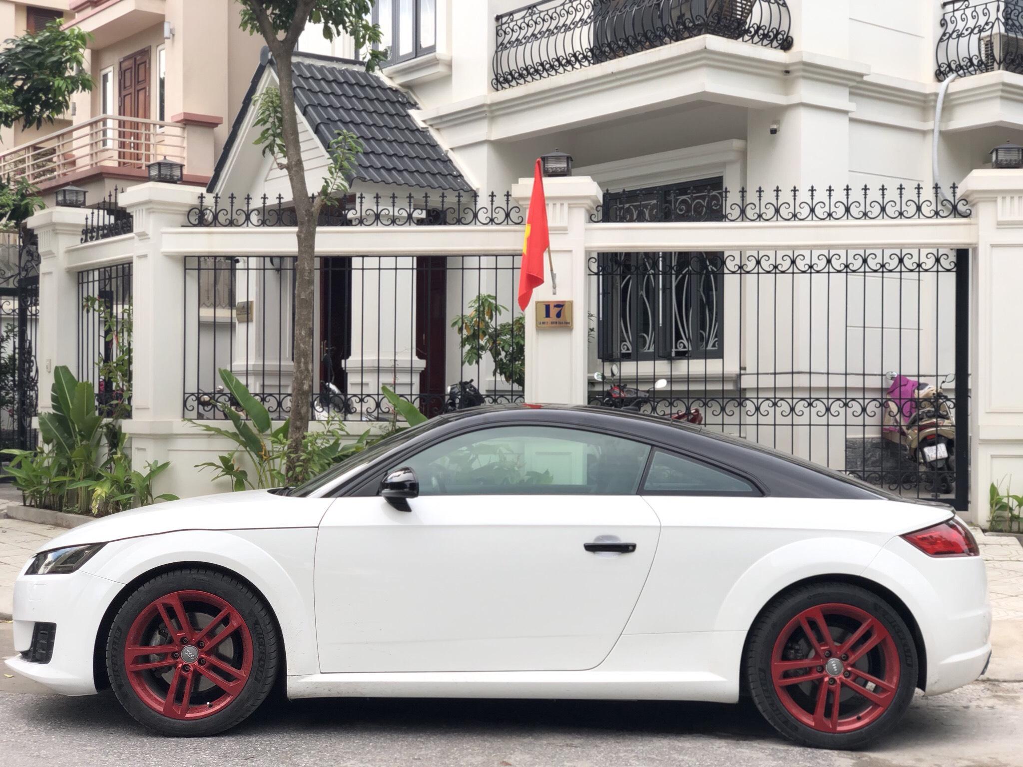 Audi TT 2016 trắng