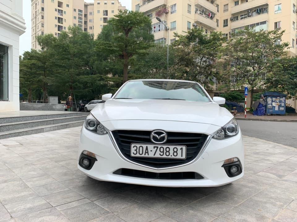 Mazda 3 hatback 2015
