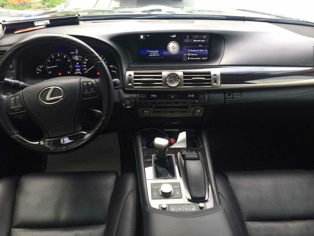 Lexus LS460L 2015