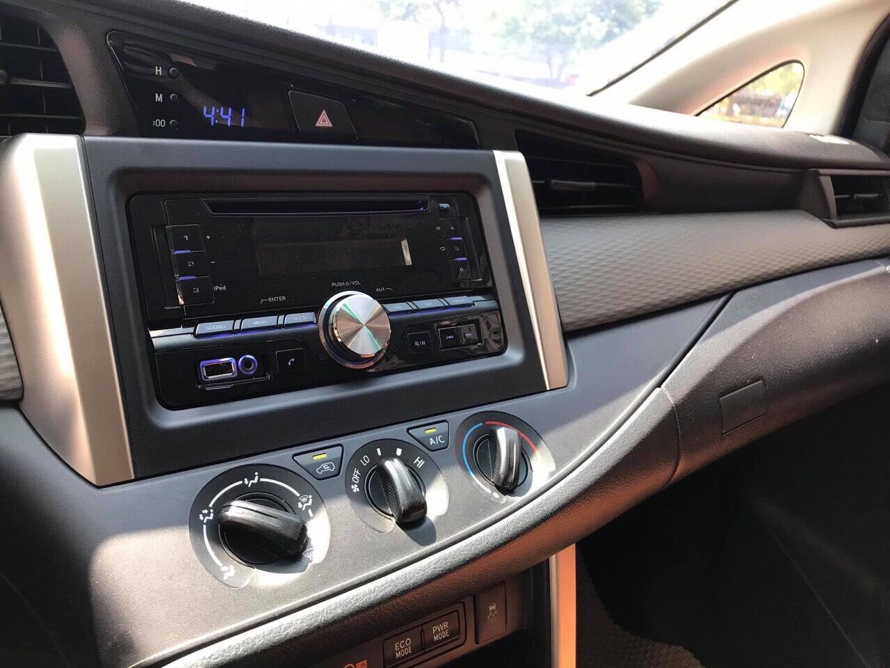 Toyota Innova E 2017