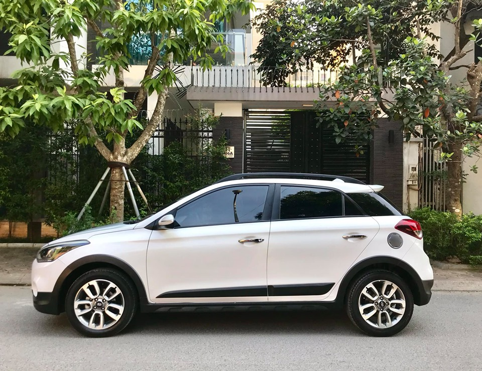 Huyndai i20 Active 1.4AT  2015