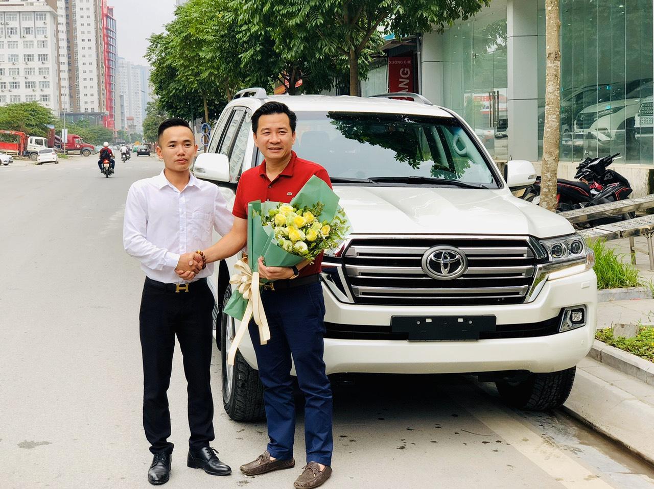 Land Cruiser VX 2019 30E-xxx.xx