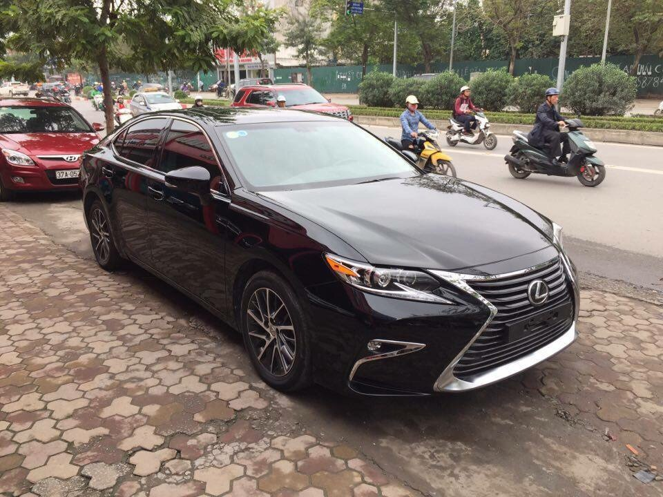 Lexus ES 350 2016