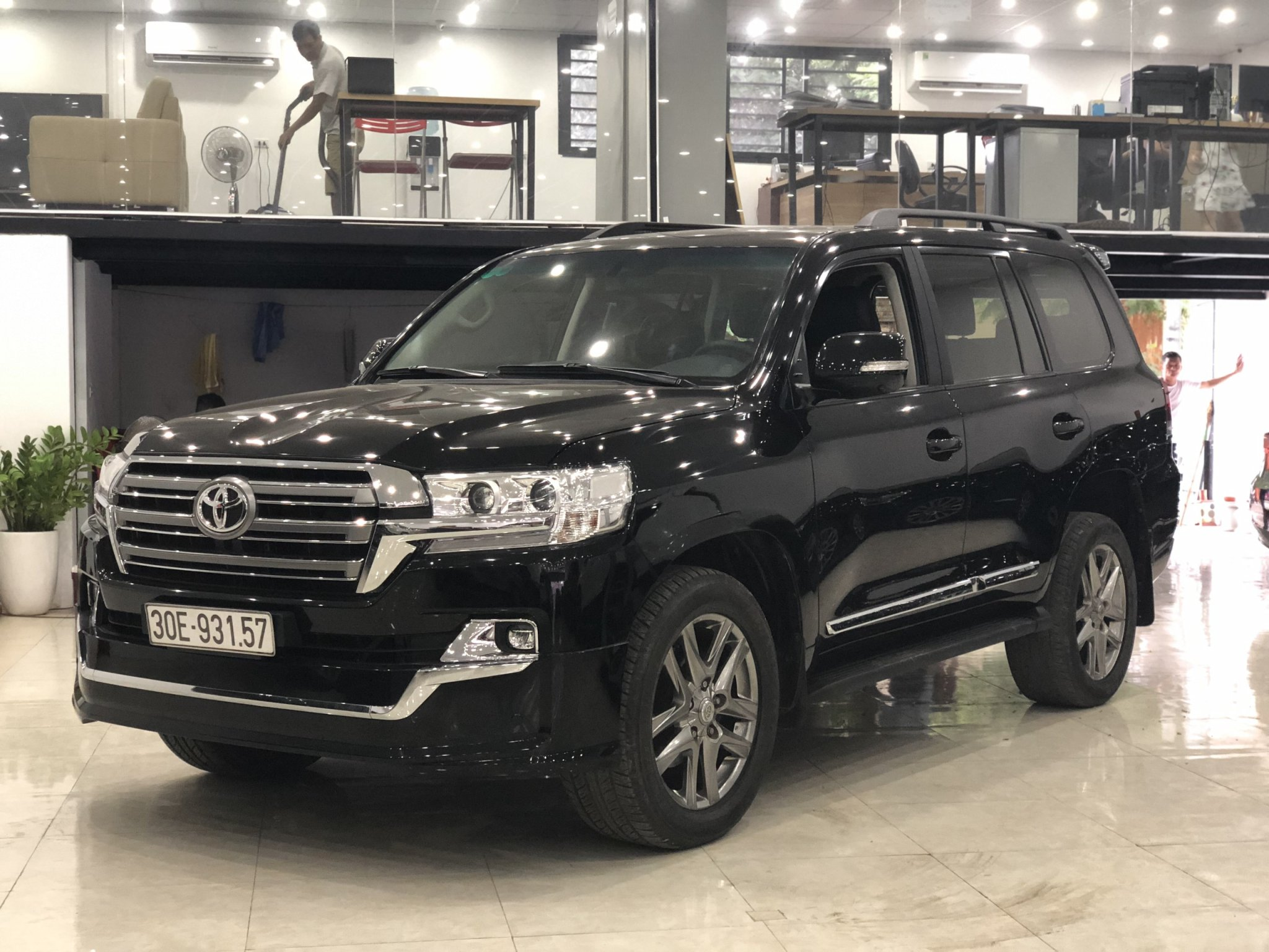 Land Cruiser VX 2013 lên form 2018