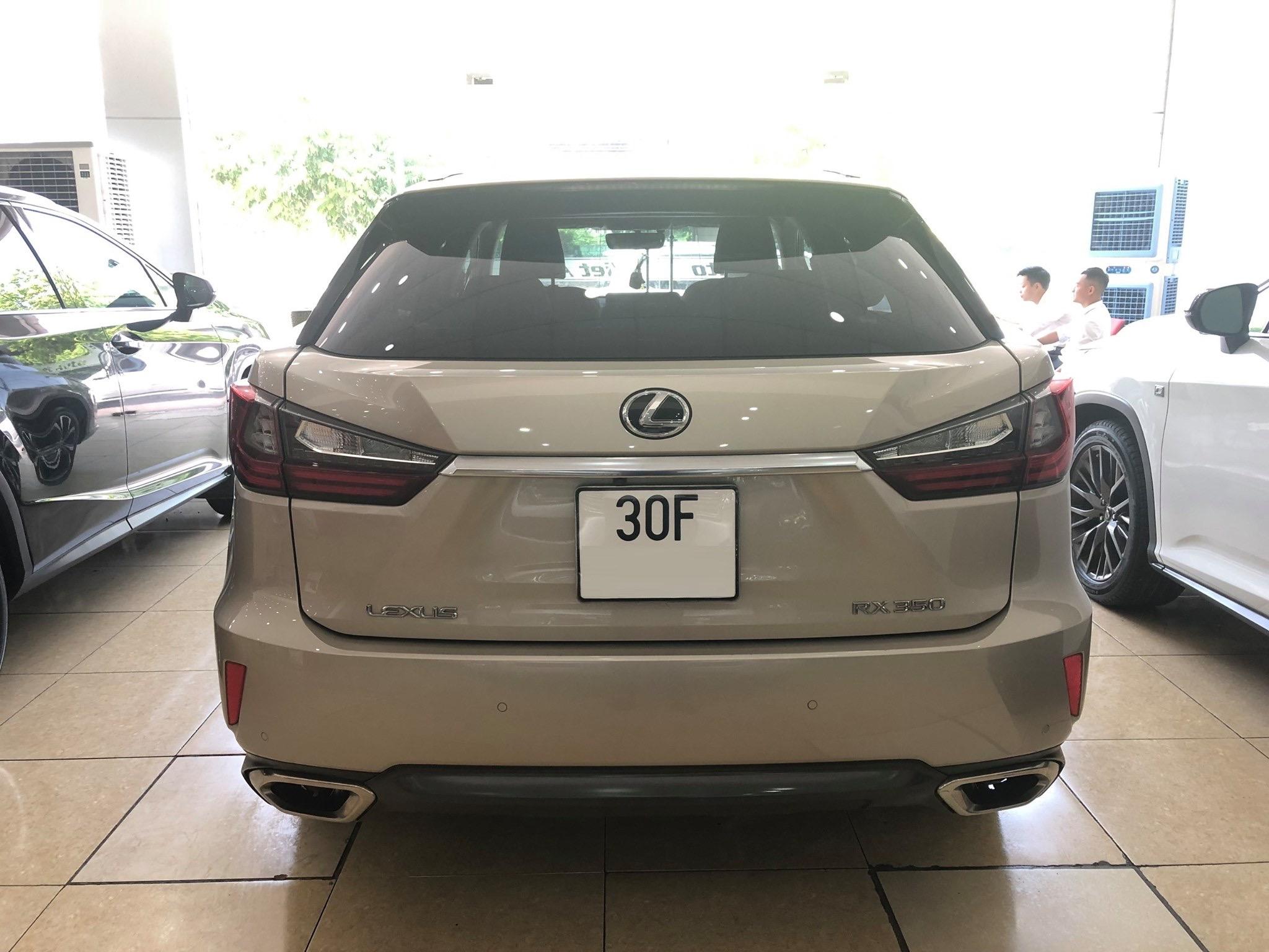 Lexus RX350 vàng cát 2016