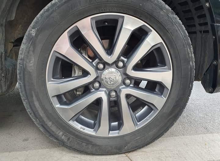 Toyota Land Cruiser VX 2013 lên form 2018