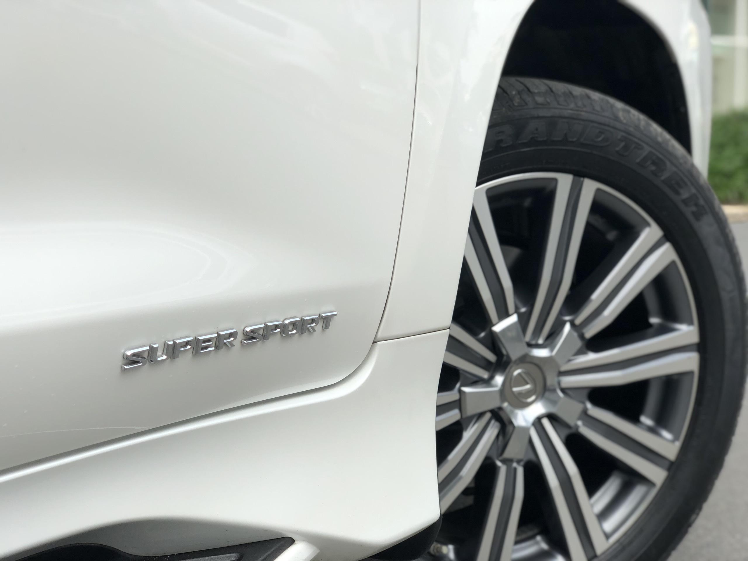 Lexus LX570 model 2016 chính hãng