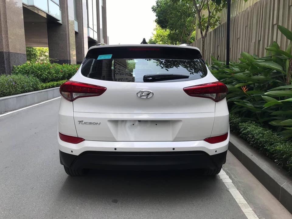 Hyundai Tucson 2.0AT full xăng 2018