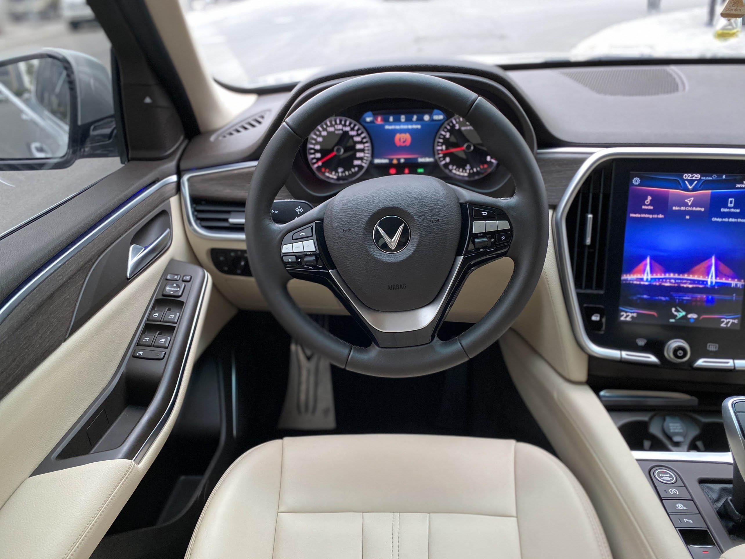 Vinfast Lux SA 2.0 Premium Sx 2019