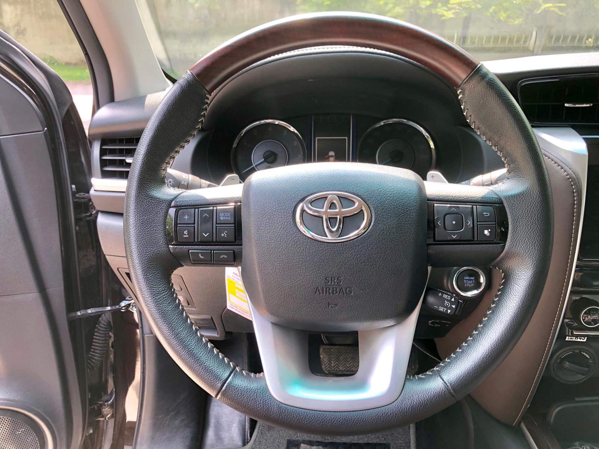 Toyota Fortuner 4x4 2017 nâu