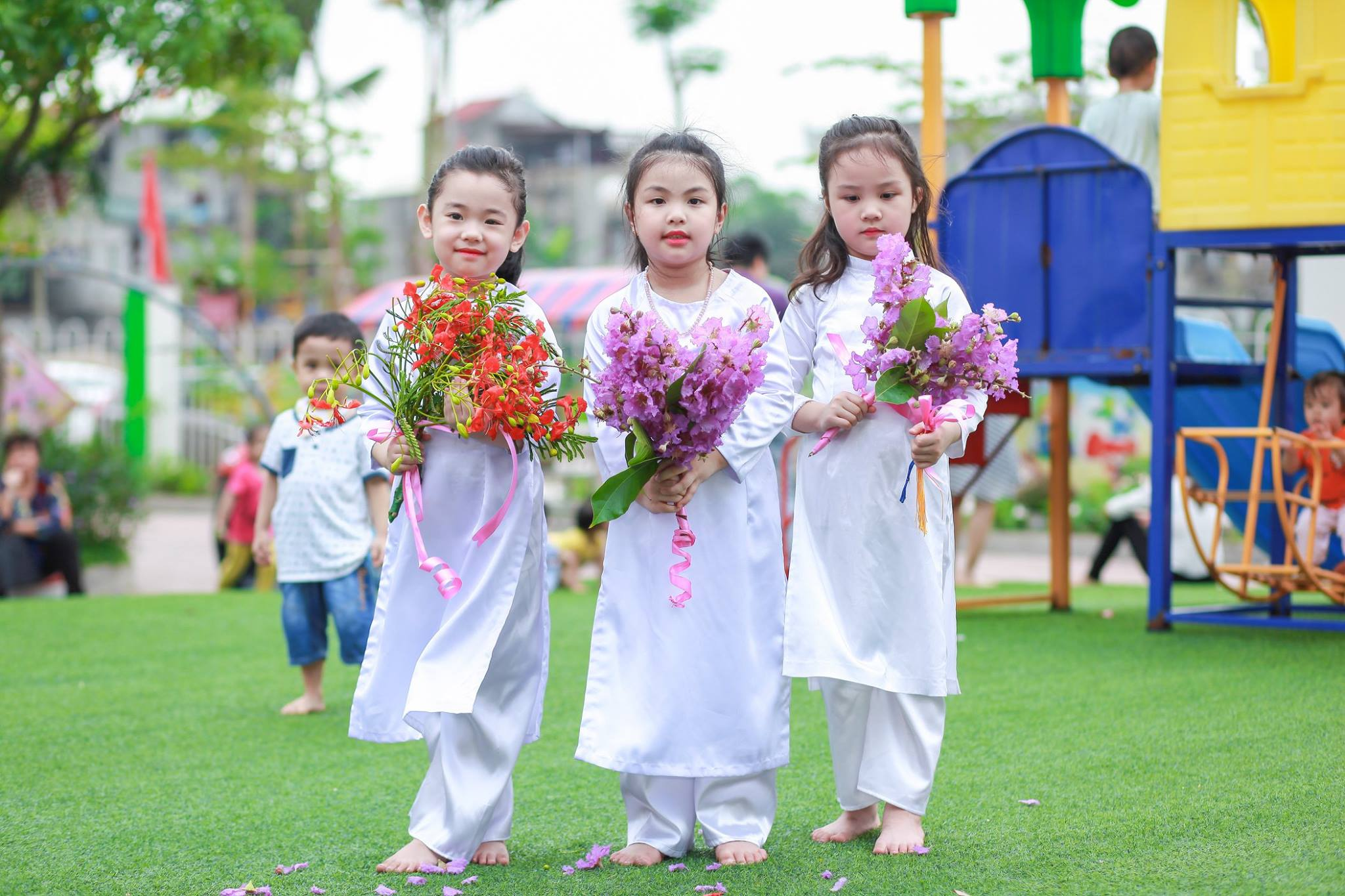 Hình ảnh đẹp của các bé Quốc tế Hoa Trạng Nguyên