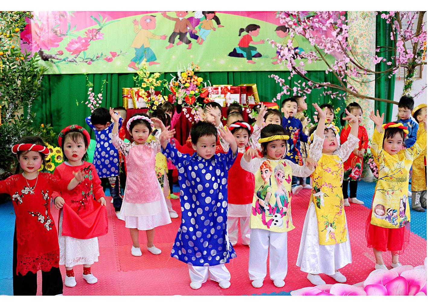 Hội xuân Hoa Trạng Nguyên