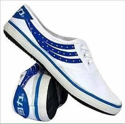 Giày bata Tàu