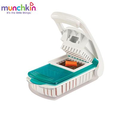 Bộ cắt và hấp thức ăn trong lò vi sóng Munchkin MK21009