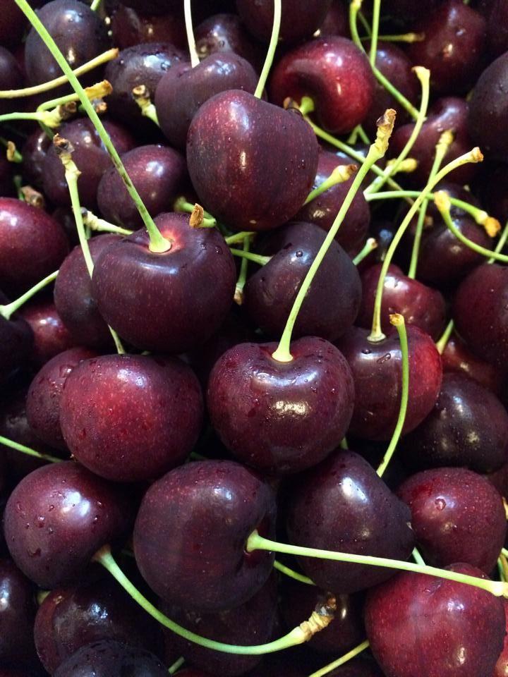 Cherry size 33
