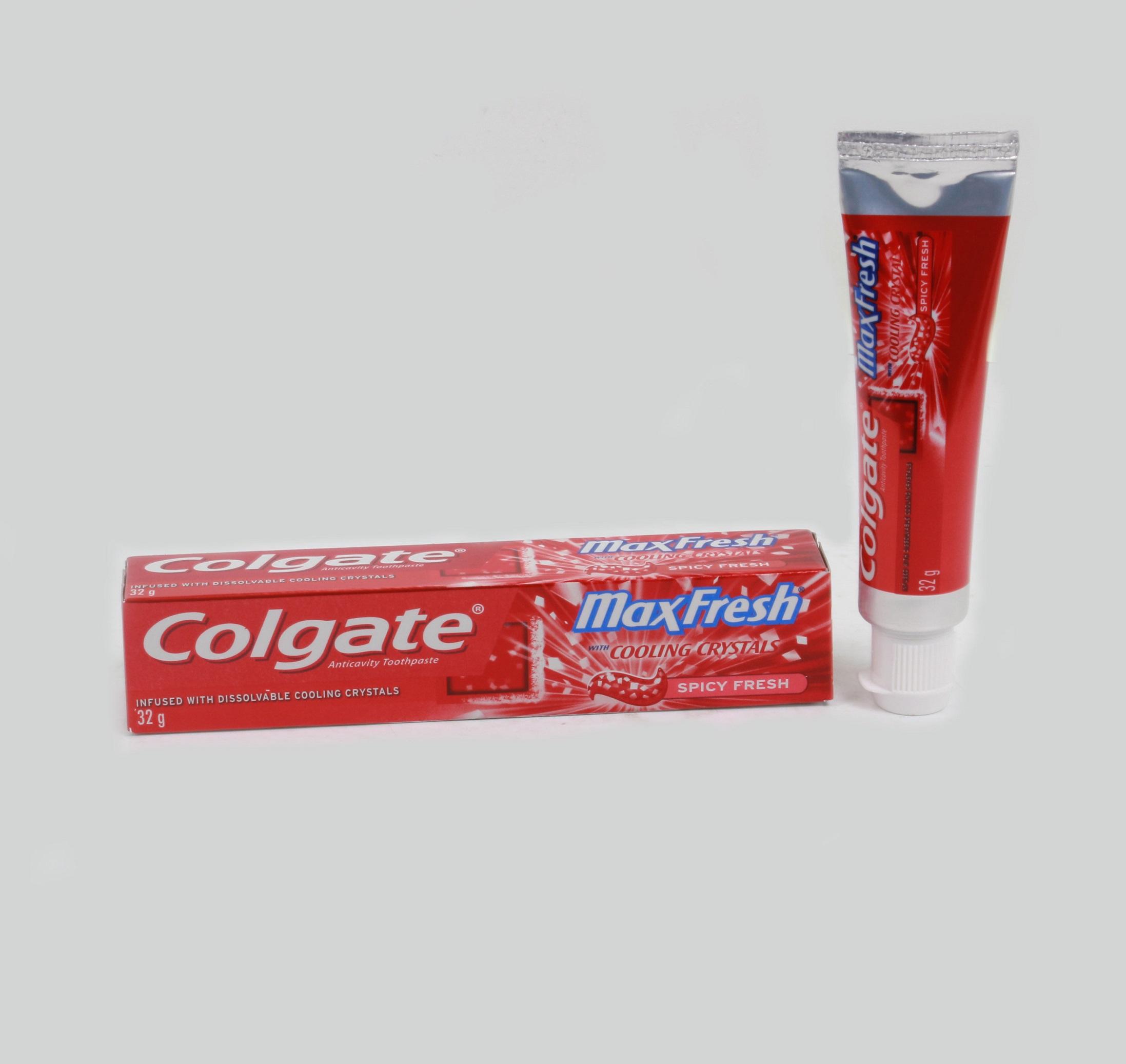 Kem đánh răng Thailand Colgate MaxFresh 32 g đỏ