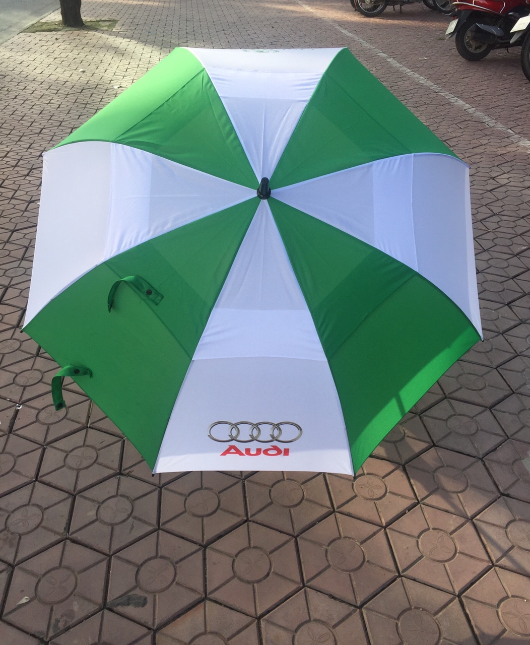https://linkinggolf.com/o-golf-linking-audi-du24