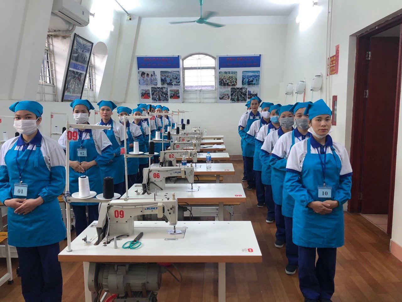 Tuyển 15 nữ đơn hàng may mặc lương 33 triệu tại Aichi