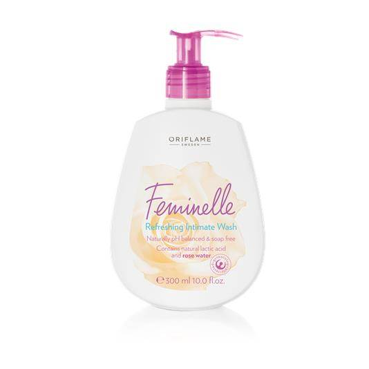 Dung dịch vệ sinh phụ nữ Feminelle Refreshing Intimate Wash-33022