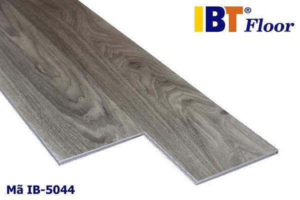 Sàn Nhựa Hèm Khóa IB5044