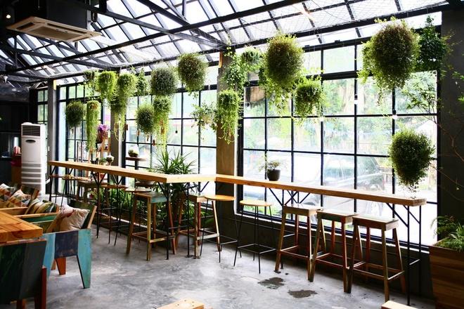 thiet-ke-quan-cafe-theo-phong-thuy-giup-quan-may-man-va-dong-khach 2