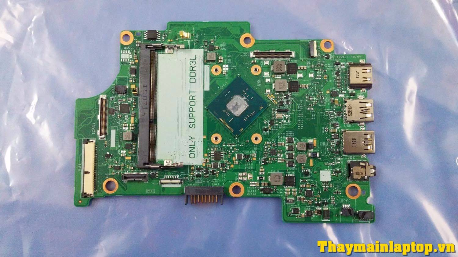 Main Dell Inspiron 11-3152