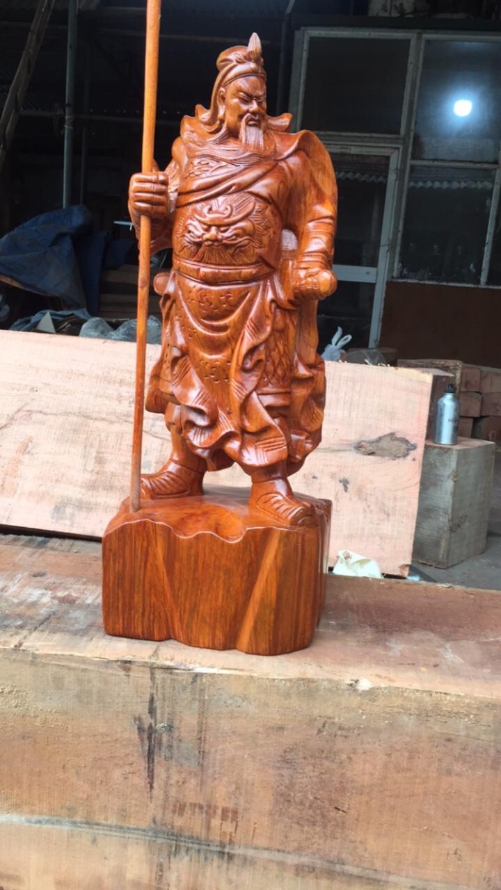quan-cong-chong-dao-go-huong-50
