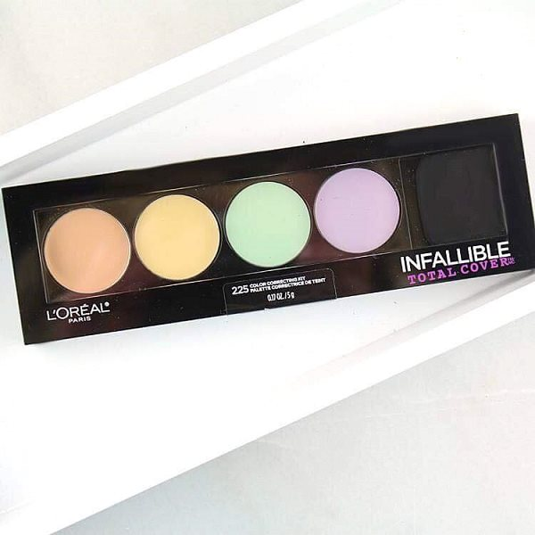 Che Khuyết Điểm L'Oréal Infallible Total Cover Color Correcting Kit.