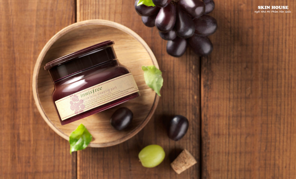 Mặt Nạ Ngủ Innisfree Wine Jelly Sleeping Pack 80ml