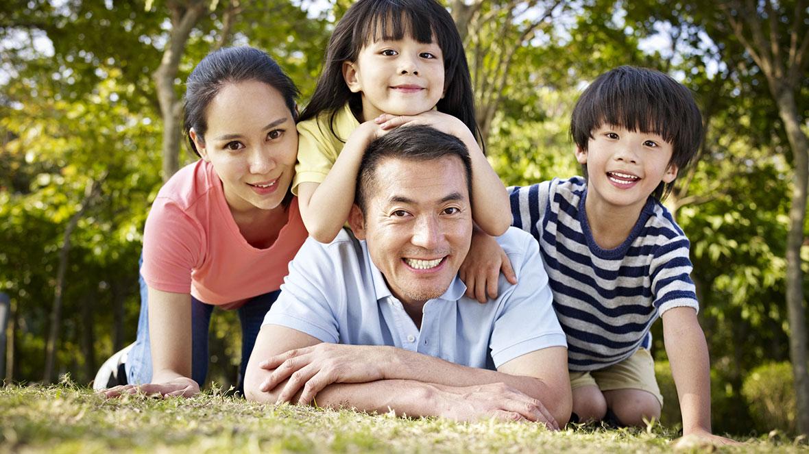 Giaytoxe.vn luôn lấy sứ mệnh phục vụmang lại sự thuận lợi và hài lòng của quý khách hàng là tiêu chí sống còn của mình