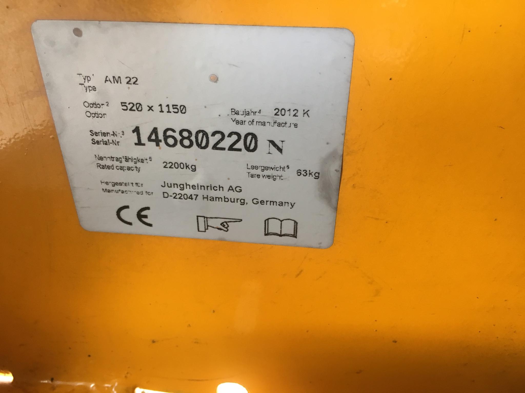 Xe Jungheinrich 2200kg