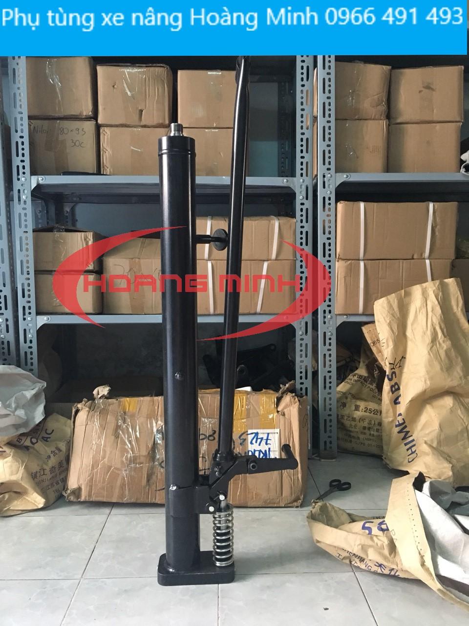 tru-bom-xe-nang-thung-phuy 350kg