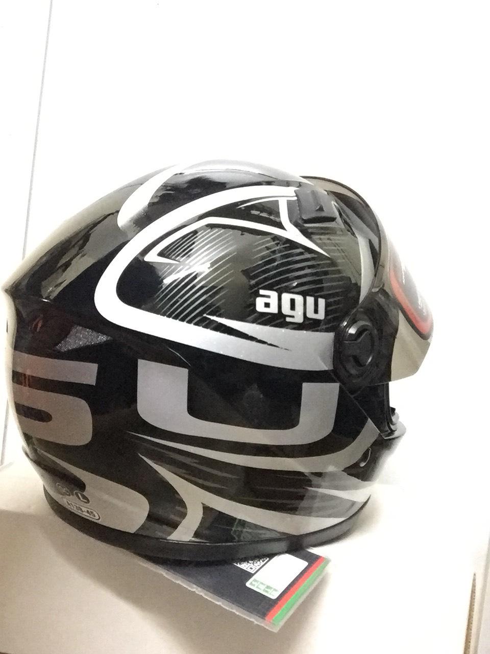 Miễn phí vận chuyển Mũ Bảo Hiểm AGU Fullface tem avenger xám ghi sang trọng hàng chính hãng có tem kiểm định