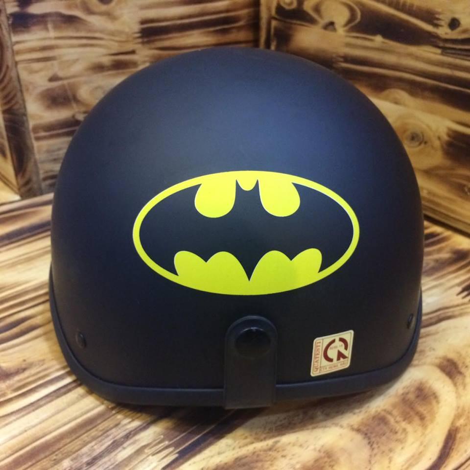 Mũ Bảo Hiểm 1/2 Bopa Tem Phượt - Batman