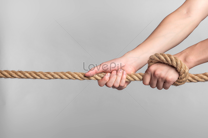 Thuê dây thừng kéo co