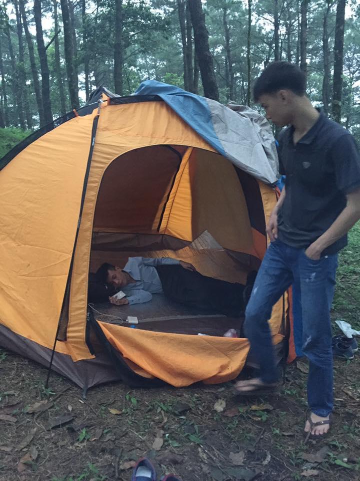 Lều cắm trại dùng cho 10 Người 2 lớp chống thấm nước tốt hàng chính hãng phân phối độc quyền