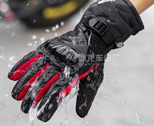 Găng tay phượt Suomi hàng chính hãng đi mưa chống nước chống thấm cảm ứng bao tay
