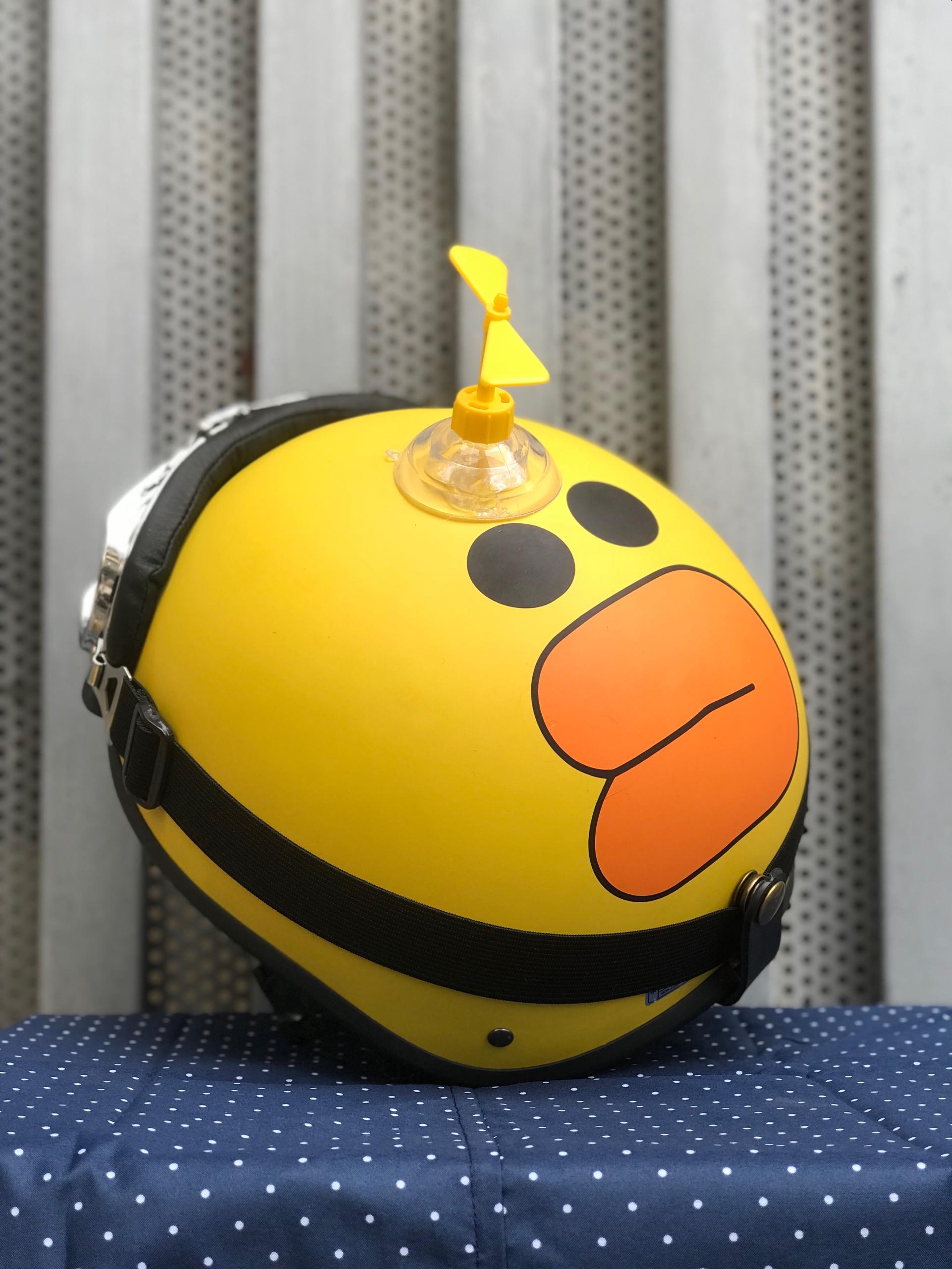Combo mũ 1/2 vịt vàng + chong chóng + kính phi công